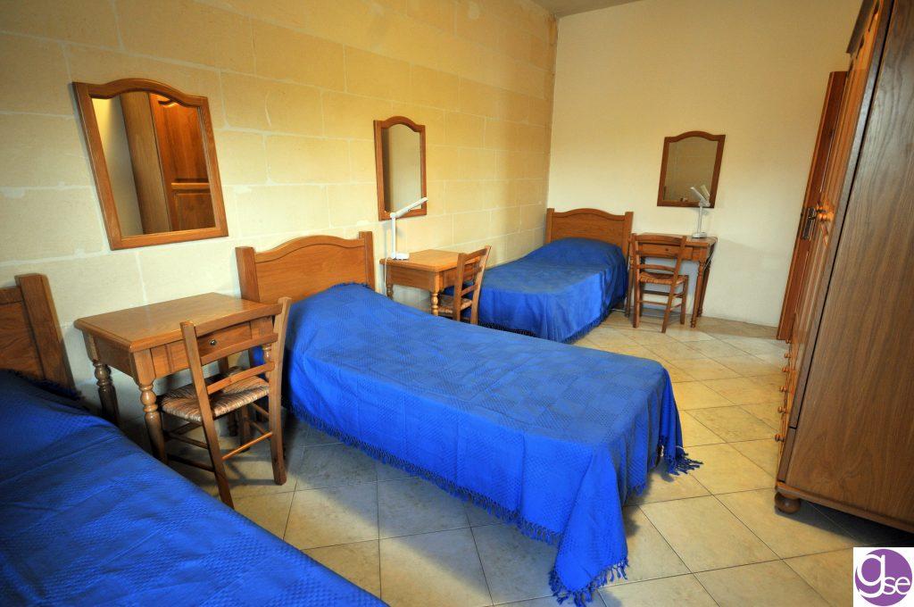 GSE Malta alloggio per studenti a Malta camera tripla stanza residence