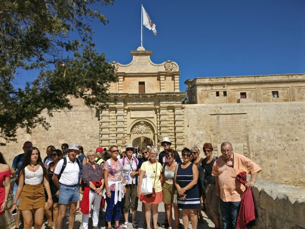 Gateway School of English Corsi 50+ per studenti maturi - Corsi di Inglese per seniors Malta